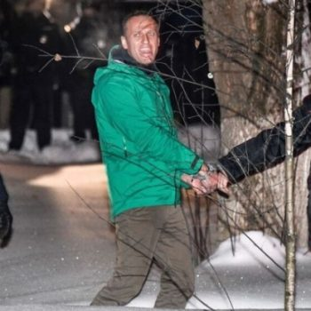 Thousands of Russians arrested in protests supporting Putin critic Alexei Navalny