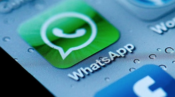WhatsApp juggles and lures – but users know it is time to quit