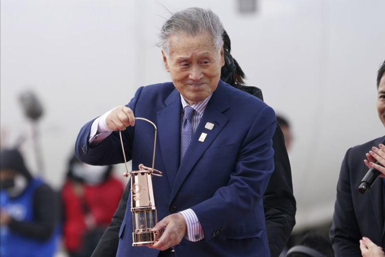 Tokyo Olympic chief resigns