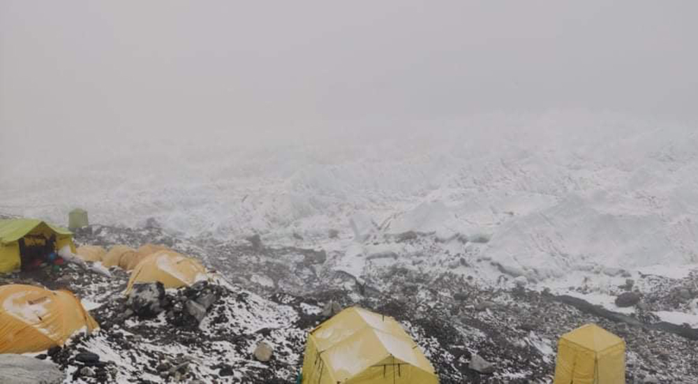 Heavy snowfall in Everest region, mountaineers return to Camp Two