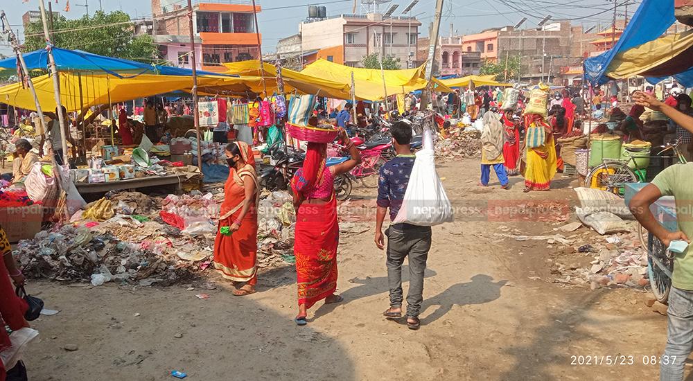 Administration fails to curb crowds at coronavirus hotspot Janakpurdham