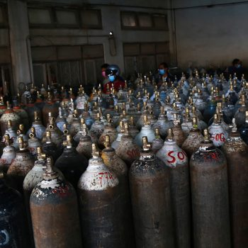 18,000 oxygen cylinders supplied by China arrive in Tatopani
