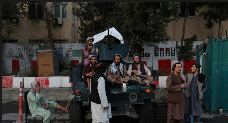 Taliban prepare to reveal new Afghan government amid economic turmoil